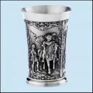 Pohár na víno s rytířským motivem